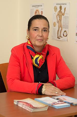 Dr. Horváth Krisztina hagyományos kínai orvos, neurológus, guna terapeuta
